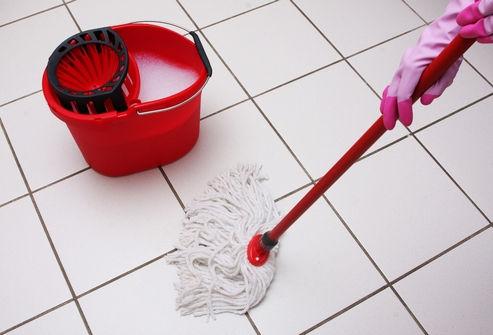 Почему нельзя мыть полы полотенцем